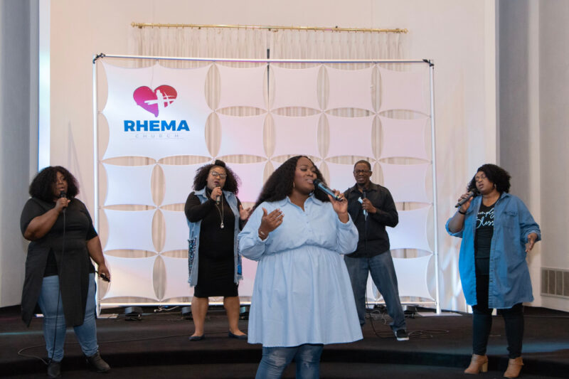 Praise and Worship Picture